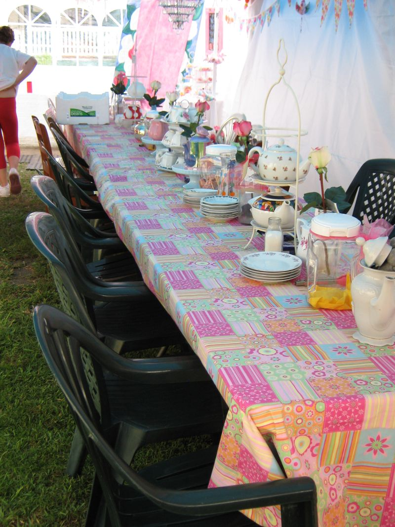 Mad Hatters Rea PaRTY 075