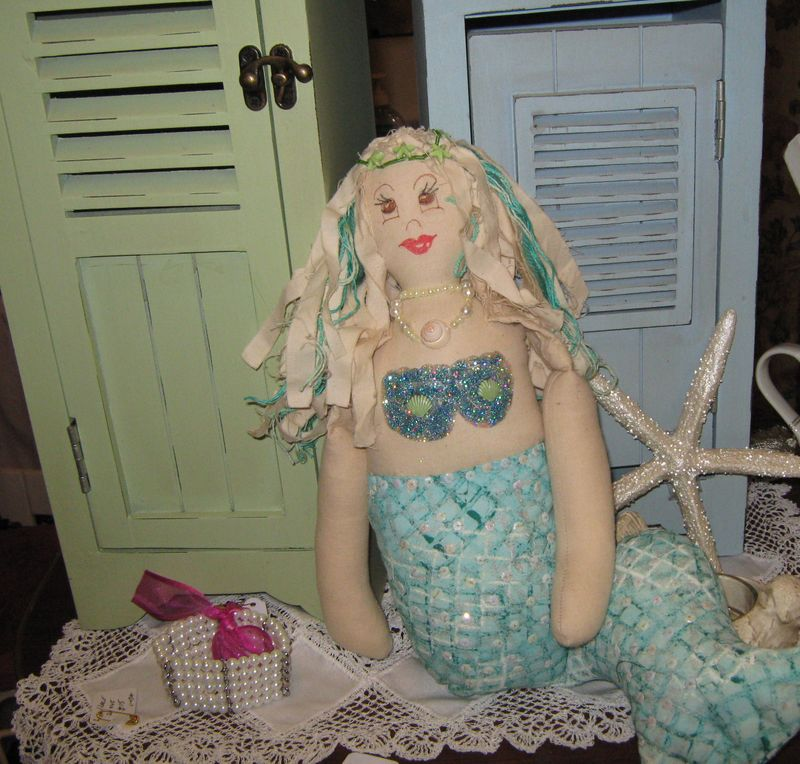 Mermaid and la la lavinia 013