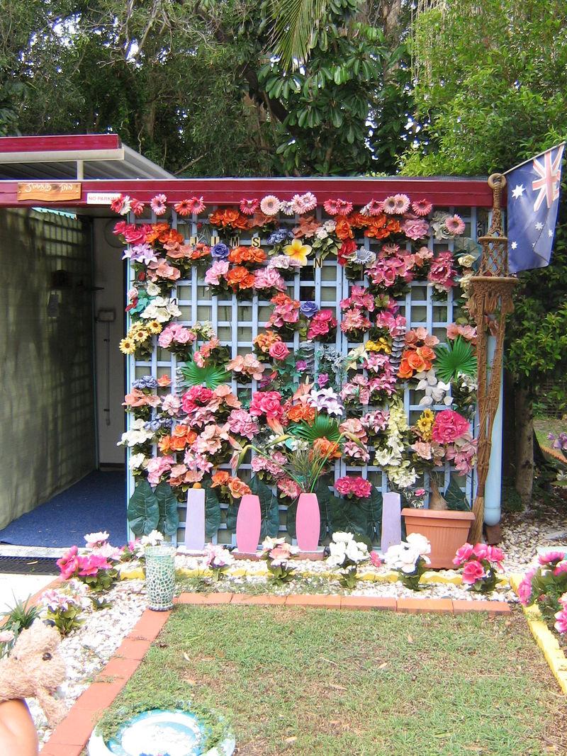 Bribie flowers birthday 008