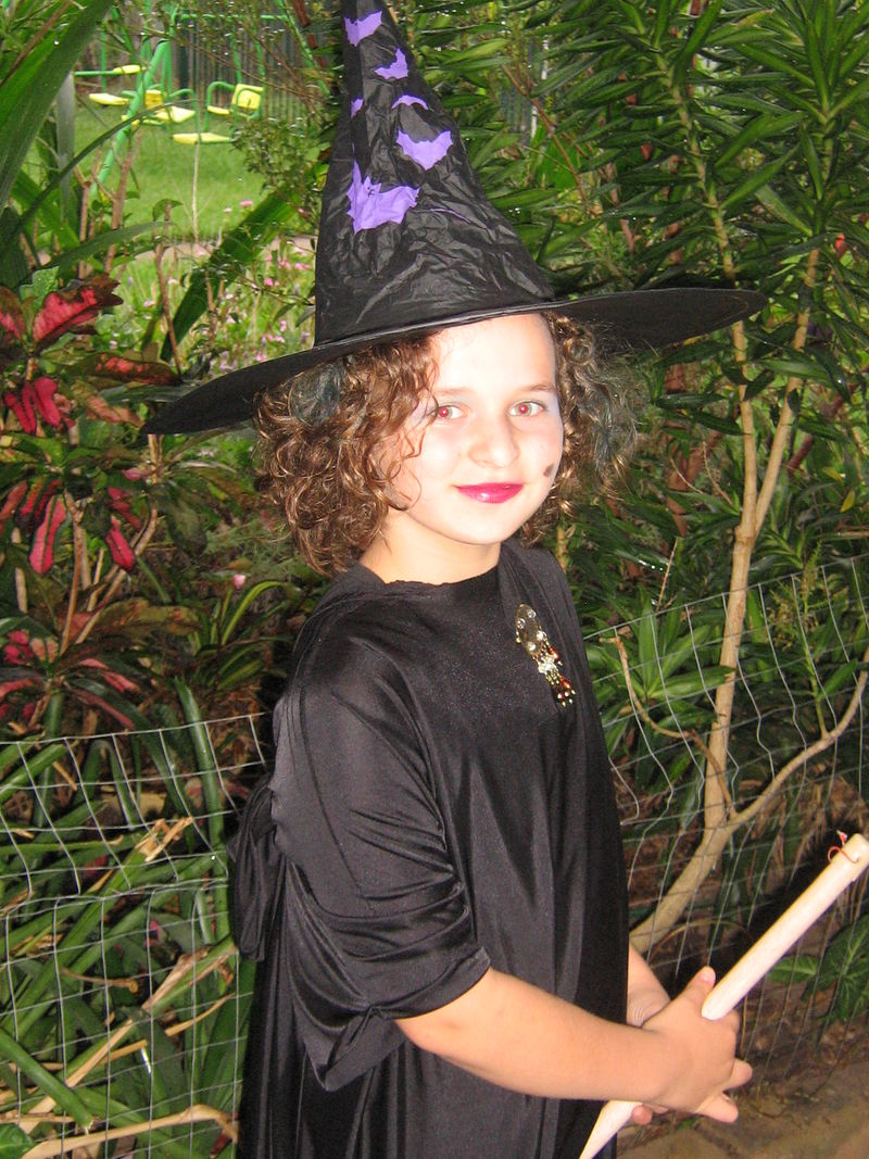 Courtney is a witch!! 009