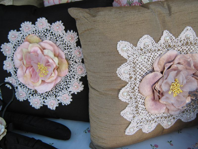 Vintage bags and cushions 074