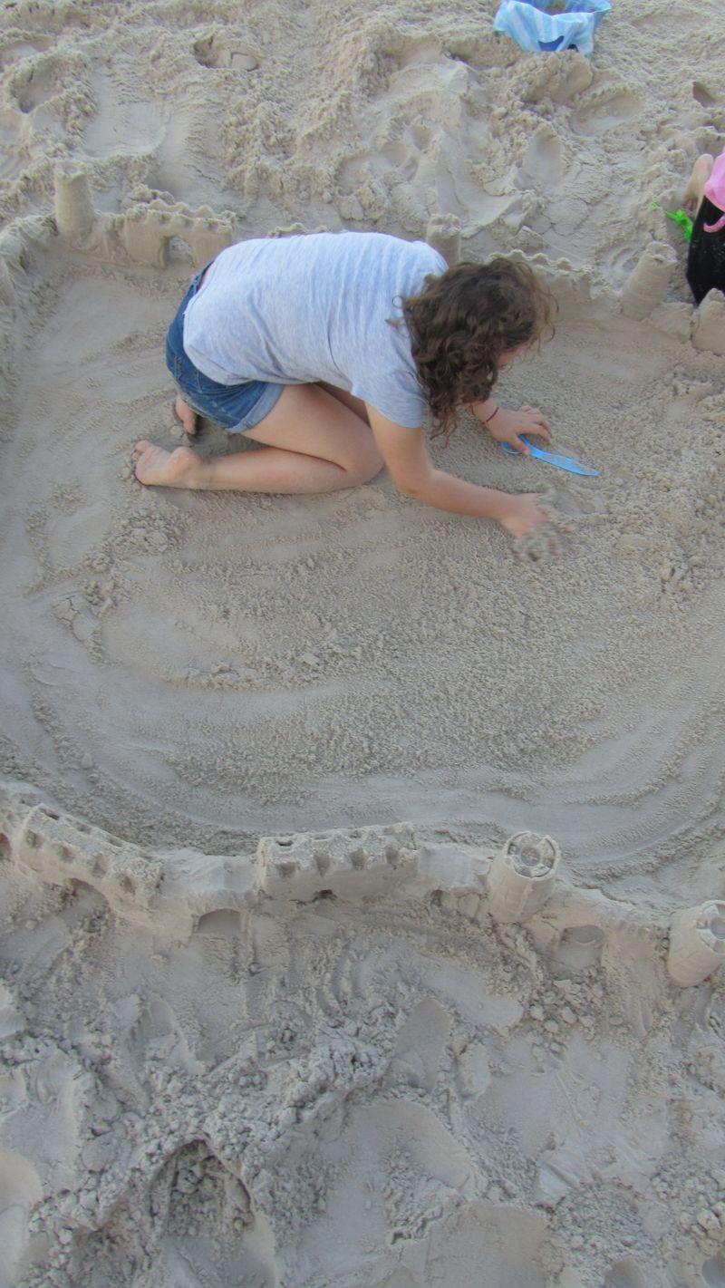 Sandcastle 060 (1216 x 2160)
