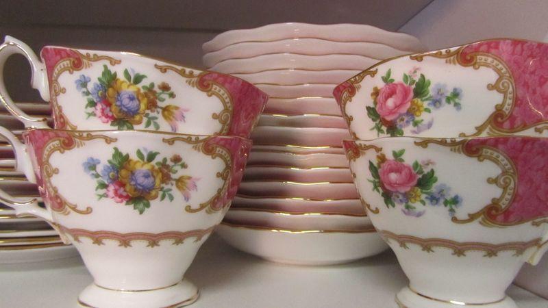 Fancy Tea 036 (2160 x 1216)
