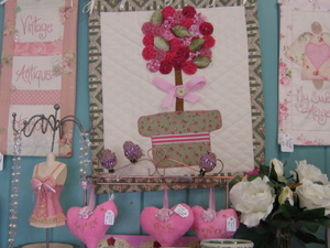 Lilly_cottage_pretties_november_8_4