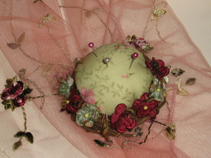 Bird_nest_pin_cushions_tweet_020